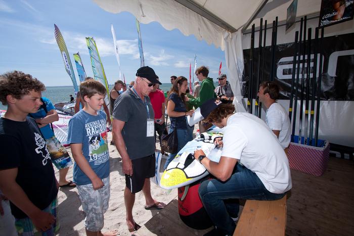 Jever surf festival anne stevens 126 ko%c2%a6%c3%aaster