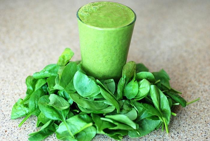 Gr%c3%bcner smoothie vegane fr%c3%bchst%c3%bccksidee