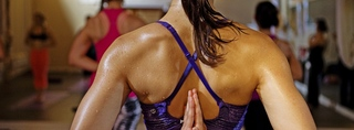 hot yoga frau