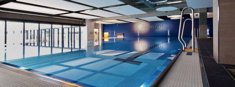Schwimmbad holstenstra e 30 22767 hamburg wohndesign - Pool flicken ohne flickzeug ...