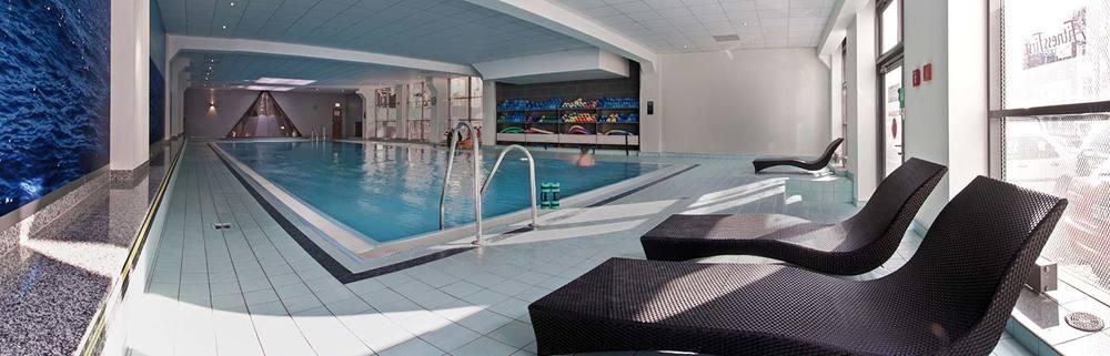 Schwimmen pool becken 2