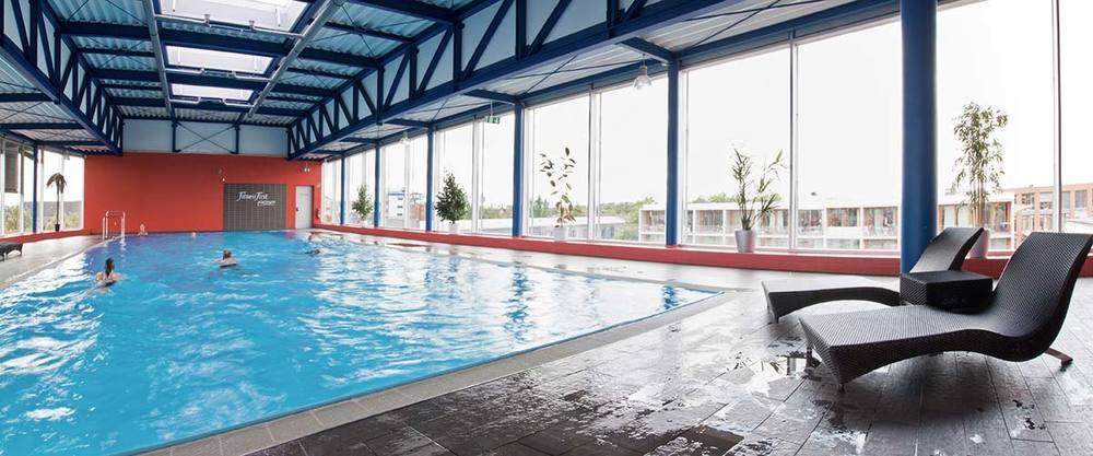 Schwimmen pool becken 4