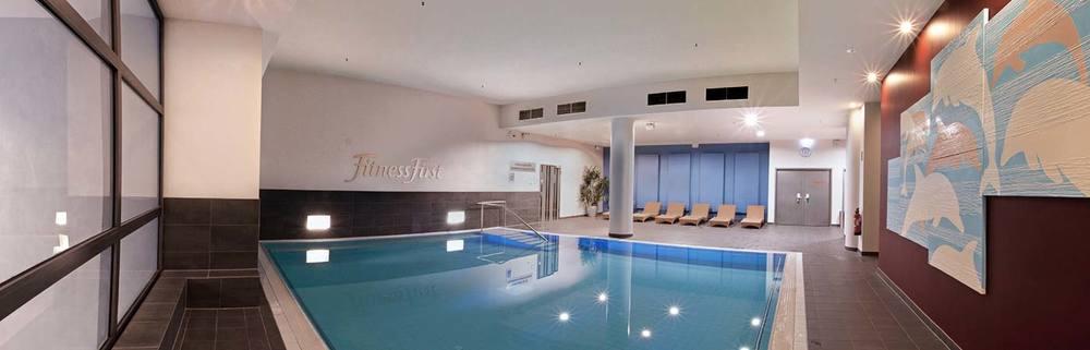 Schwimmen pool becken 2 1