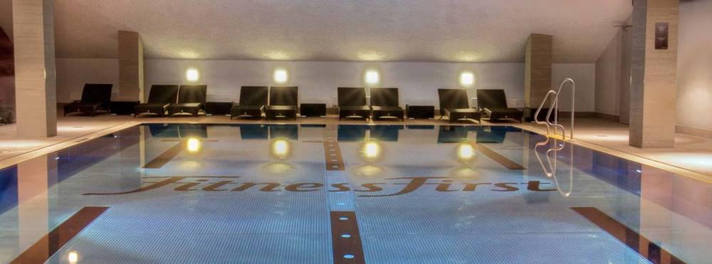 Schwimmen pool derendorf
