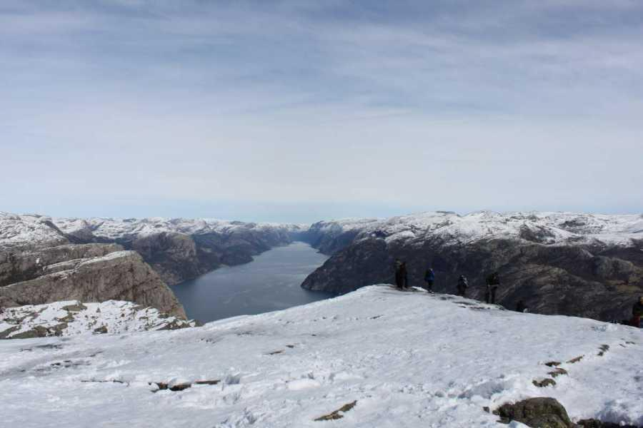 Fjelltur Til Preikestolen, 7 april 2012 047
