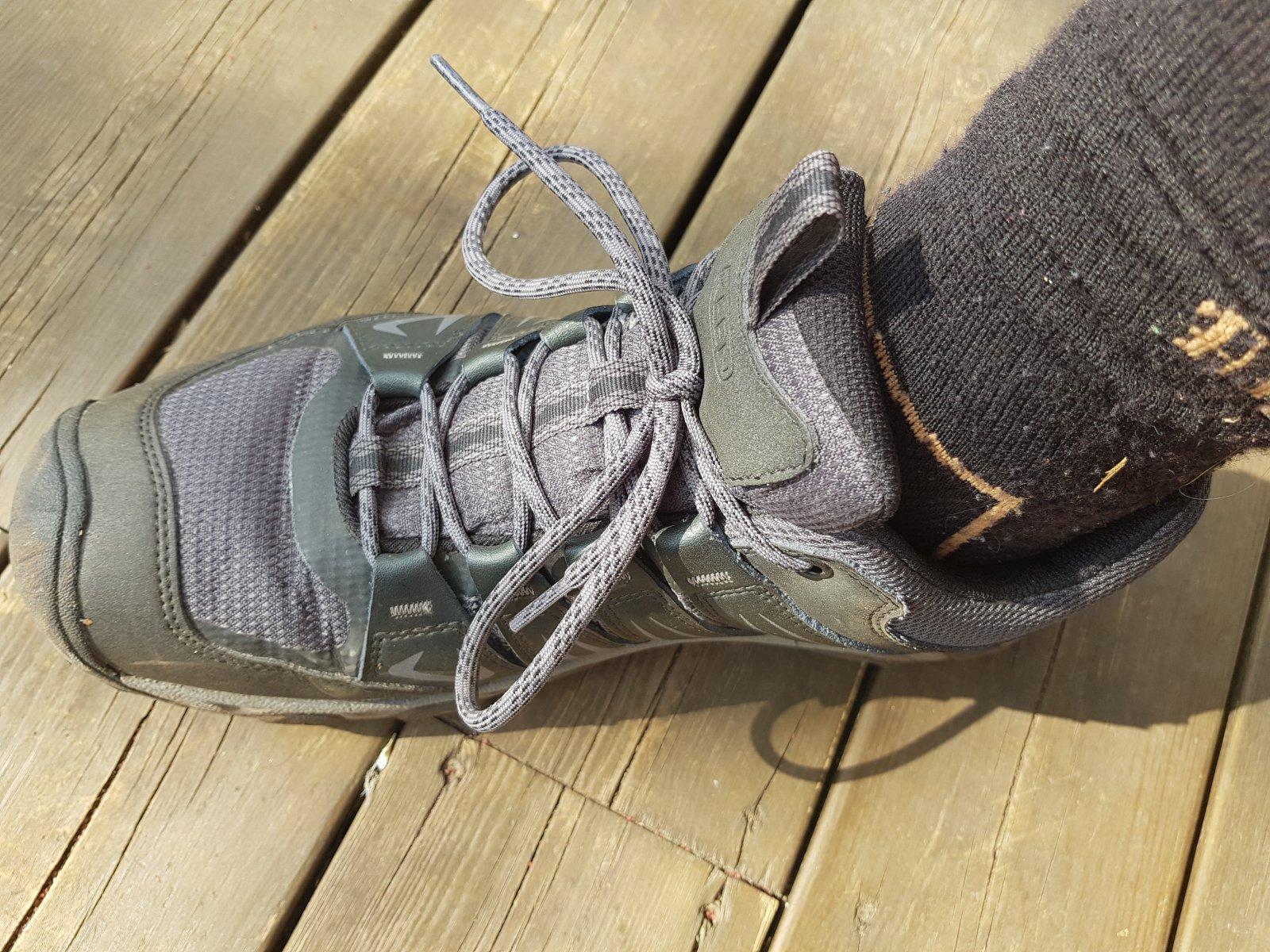 Å gå inn sko