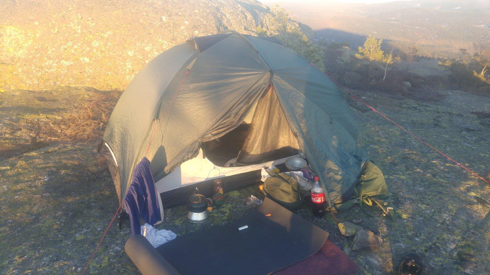 Marmot vapor 2p vs Urberg 2 person dome Telt og lavvo