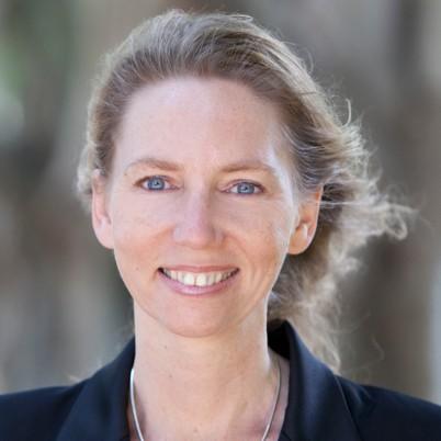 Ms Rinske  Geerlings photo