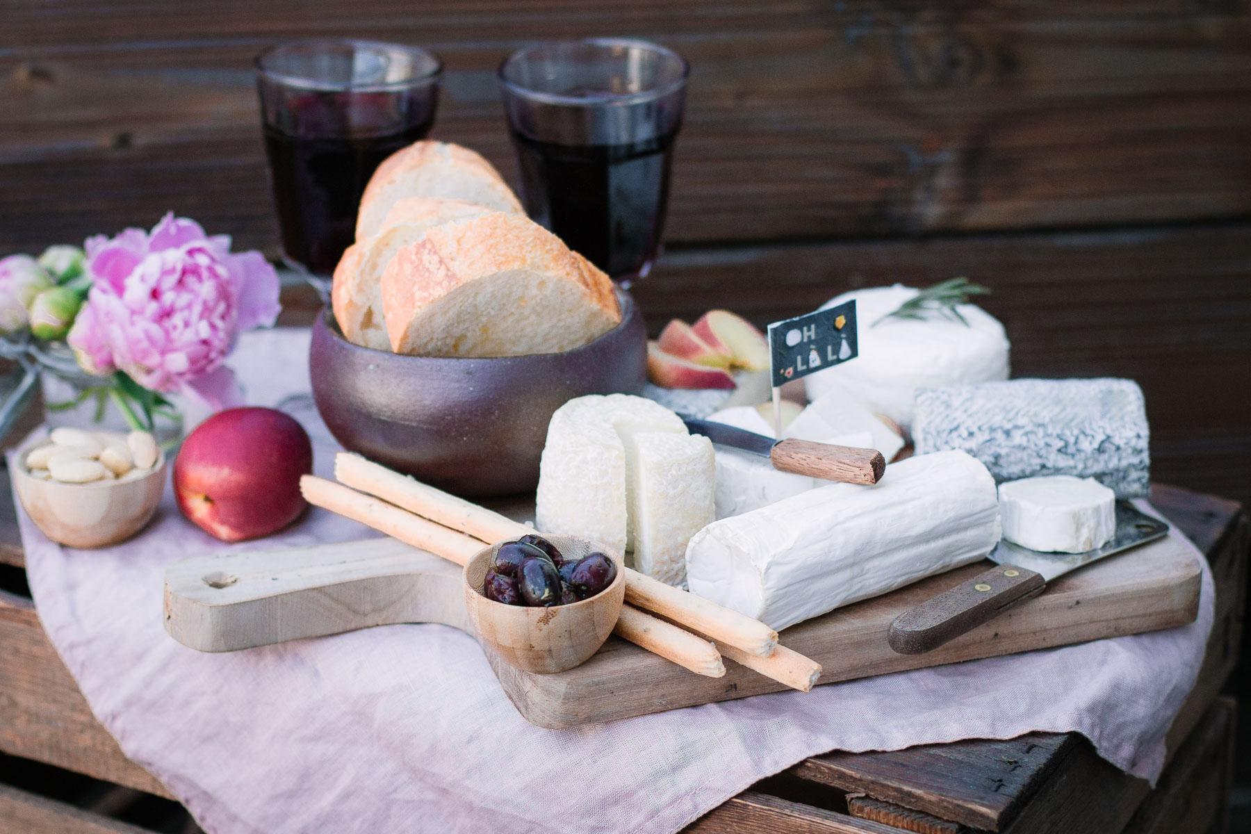 Genussmomente mit französischem Ziegenkäse & Käseplatte