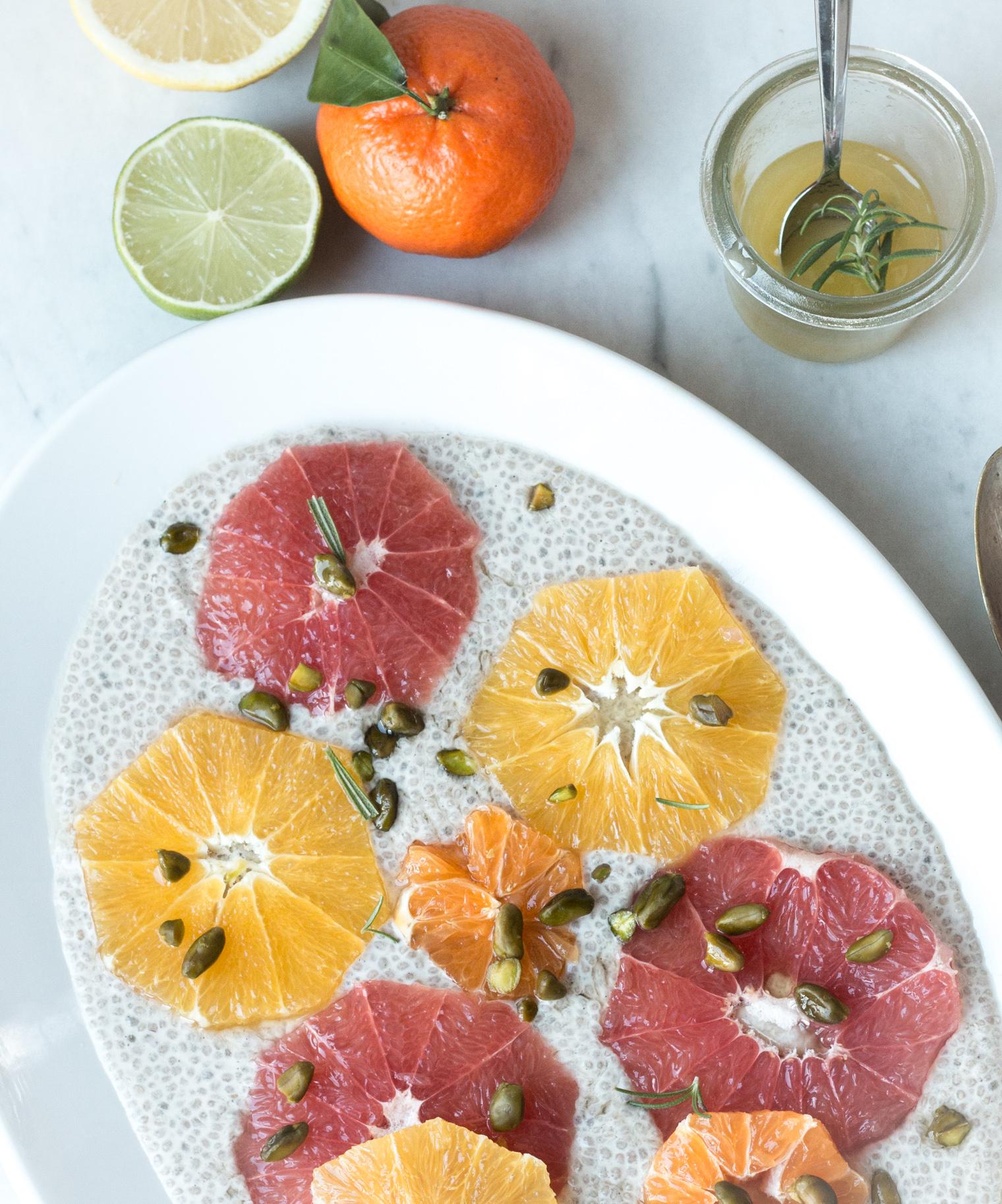 Zitrusfrüchte auf Vanille Chia Pudding {flowers on my plate}