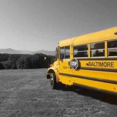 Logo American Schoolbus Bar