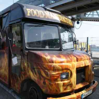 Logo Foodtruck Food Manufactury