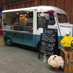 Logo - Rhystorante Food Truck - Aus einem Citroën HY gibts Ox-Beef Burger und die frischen Chips mit 7 verschiedenen Gewürzen,  oder ein feinen Vegi Burger mit Grillgemüse Provolone&Rucola