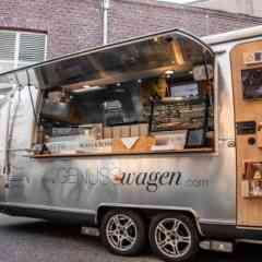 Logo - Genusswagen - Unter dem Motto ´Streetfood auf dem Silbertablett´ präsentieren OTTO GOURMET, Caviar House & Prunier und Robbe & Berking Silber Streetfood der Extraklasse.