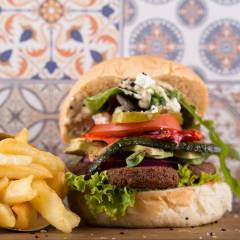 Funky Kitchen - Falafel Burger