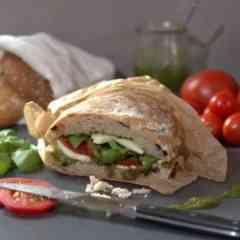Der Esswagen - Currys, Sandwiches, Snacks/Salate, Süßes