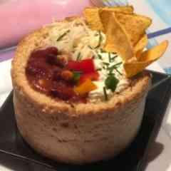 Tastylicious - Chili con Carne im Brot