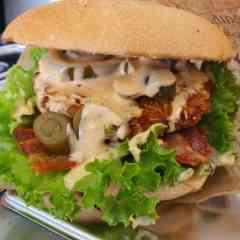 Smokys - Crispy-Chicken Burger