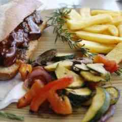 Fleischspieße, Süss- und Grillkartoffel