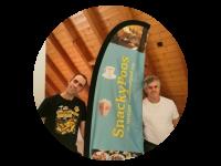 Logo Snackypoos Catering Service