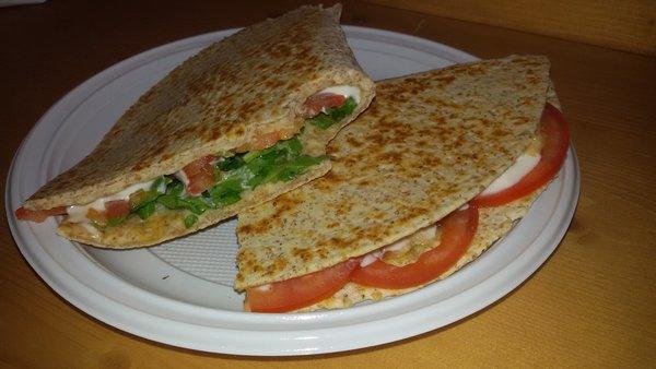 pranzo romagnolo con piadina università trento con coinquilini
