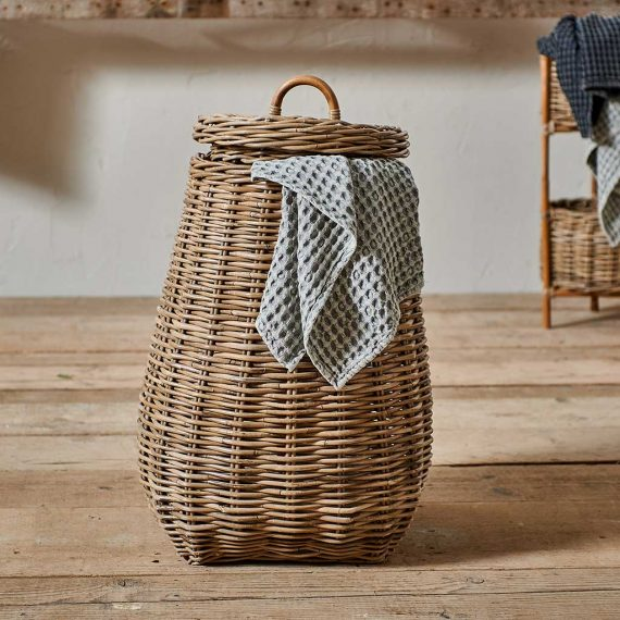 Rattan laundry Basket