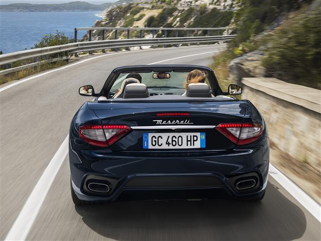 Novo GranCabrio V8 460 Sport
