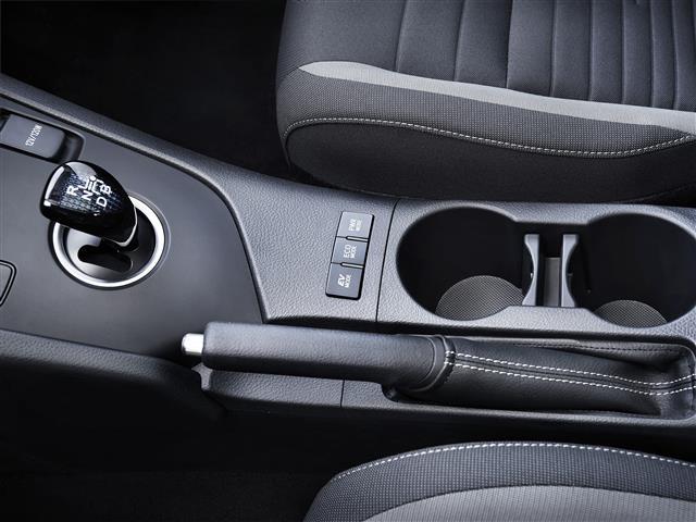 Novo Auris 1.4 D-4D 90 Comfort
