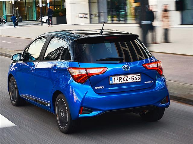 Novo Yaris 1.5HSD 100 5P Square Collection