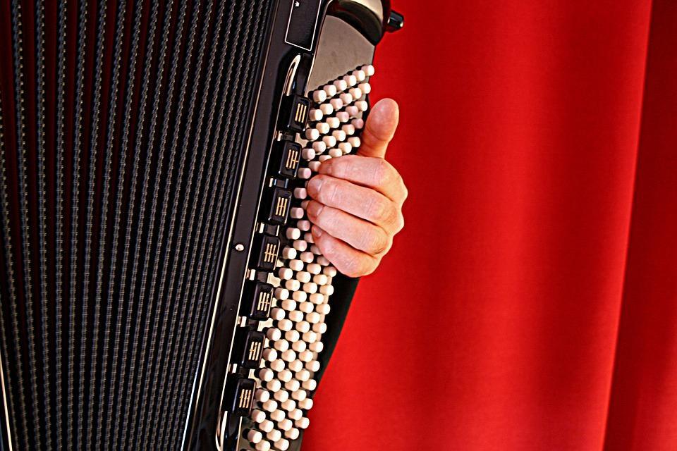 TAPAHTUMA PERUTTU: TAMK Musiikin harmonikkakonsertti