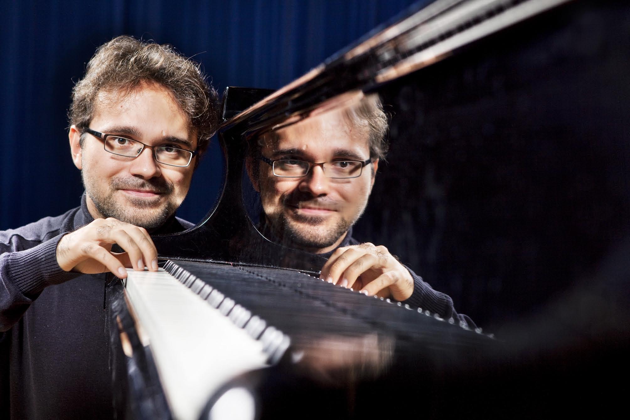 Iberofest: Tuomas Turriago – El Piano Latino – Latinopianomusiikin taikaa