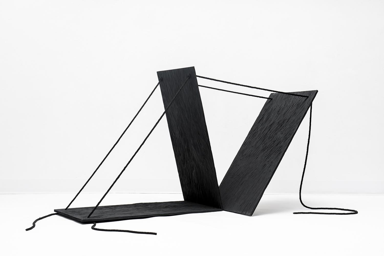 Marjo Hallila: Graafiset objektit ja abstraktit maalaukset