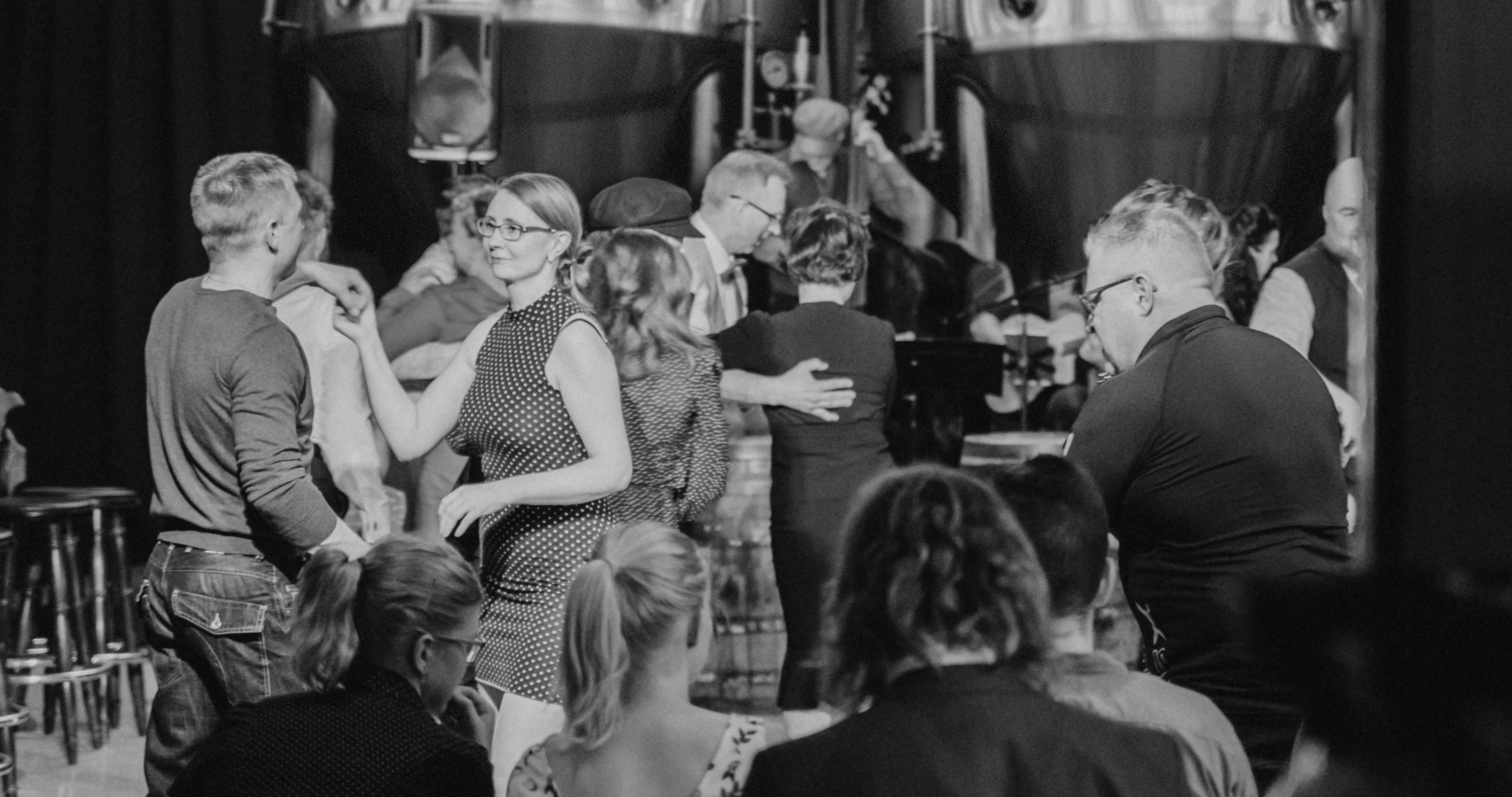 Tampere Christmas Hop with Swing Doctors