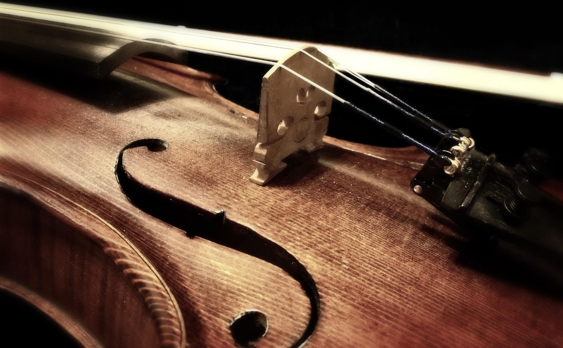 Yleisöesitelmä: Sibelius, viulu ja suosituin 1900-luvun viulukonsertto, op. Nro 47