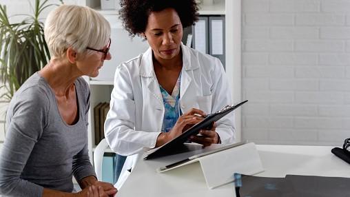 Ikäihminen lääkärissä - tunnistetaanko erityistarpeet, toteutuuko yhdenvertaisuus?