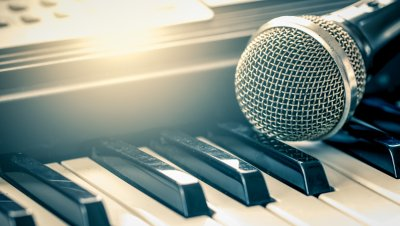 Laulajien ja pianistien kevätilta