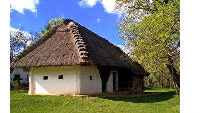 TAPAHTUMA PERUTTU: MATKAILUESITELMÄ - Löydä Unkarista muutakin kuin turistikohteita
