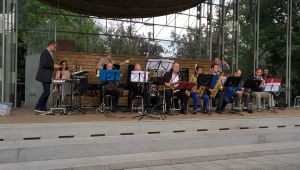 Ahjola big band