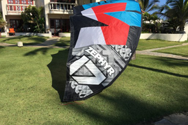 Ozone Zephyr 17m kite in excellent condition. Gre  ...