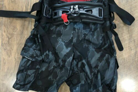 Neil Pryde Tracker Medium shorts Harness Used 1 time