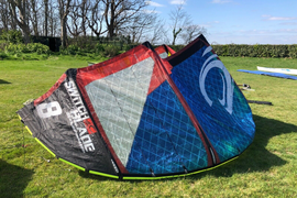CABRINHA 8 M 'Switch Blade' Kitesurfing Kite - Amazing Condition