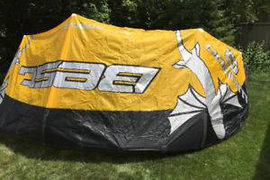 BEST WAROO 12M - CLASSIC KITE - LIKE NEW CONDITION