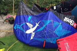 Best Kite GP 2015 7M Blue YZ Model MINT Condition (Also 11Gp 9TS+bars 4 sale)