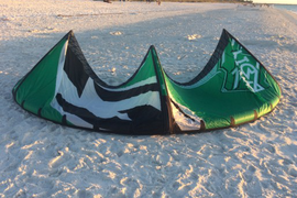 Green/black bandit 5. Kite only with bag, shipping  ...