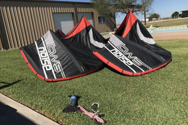 COMPLETE! Surf kite, super fast turning. Both have  ...