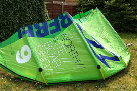 North Rebel 9m kite (2014) TOP CONDITION, with bar and bag