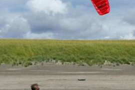 Traction Kites, Lines & Kite Buggy