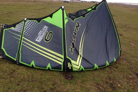 Naish torch 9m 2017 kitesurfing kite Best bar all ready to go