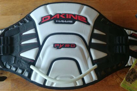 Dakine Pyro Kitesurf Harness with Spreader Bar | Unused With Tags | Medium