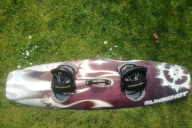SLINGSHOT KITESURFING BOARD BY JOHN DOYLE 136cm IN USED BUT GOOD CONDITION